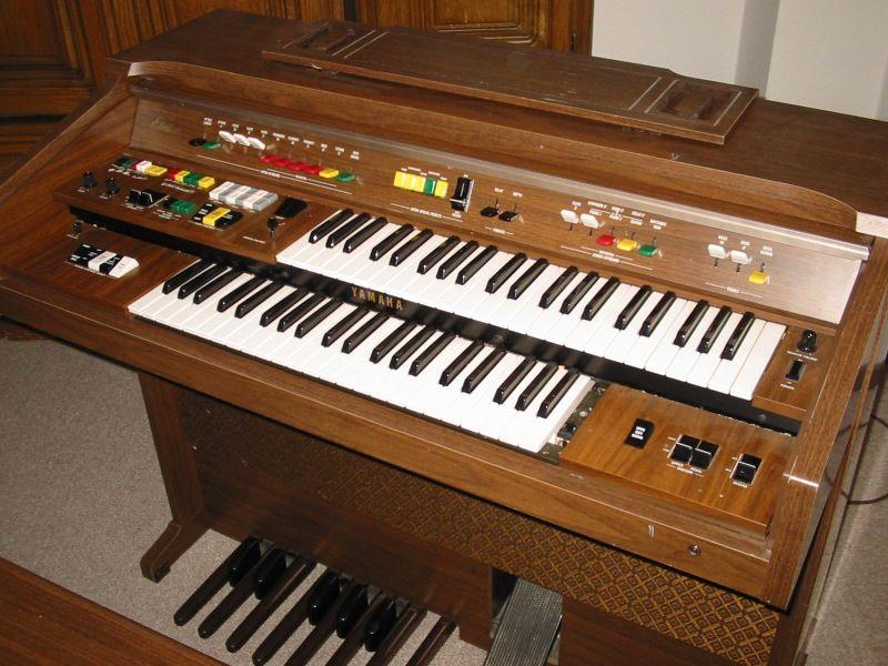 Electone zone electone museum model b 55n images for Yamaha electone organ models