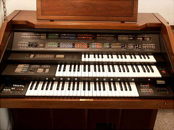 Electone zone electone museum model fs 500 images for Yamaha electone organ models